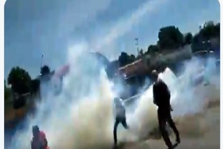 #26Sep #Sucesos Por cuarto día consecutivo #Yaracuy se mantiene en protesta (+10 detenidos)  https://t.co/xOQo52PBHL https://t.co/uYDdJMS3n8
