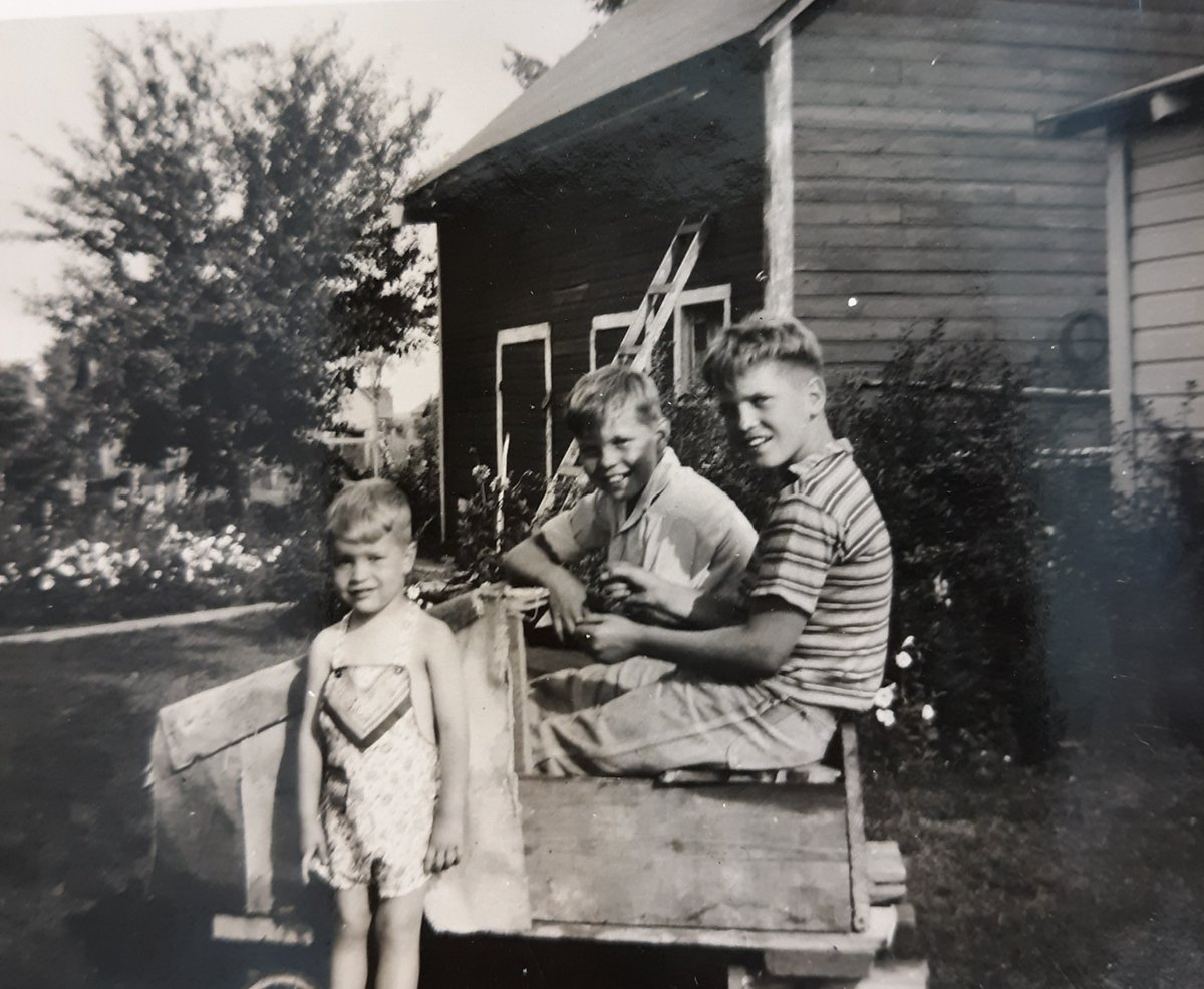 My dad (striped shirt) and his go-kart in the 1940s. #GoKart #toys #boys #1940s https://t.co/Mwyb2EkngW