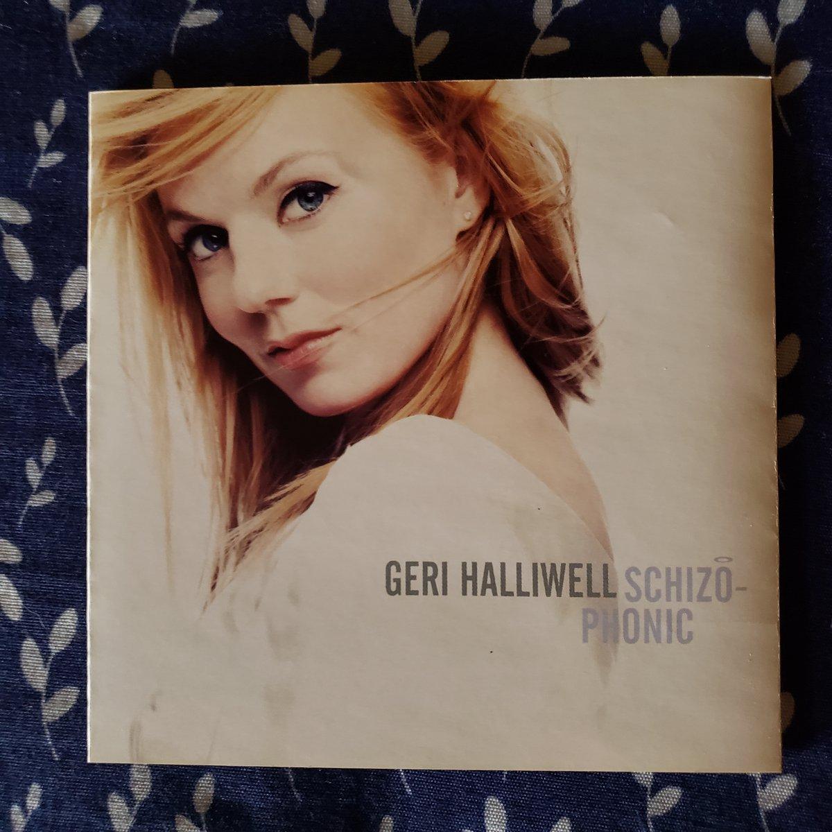 @GeriHalliwell CD Schizophonic Importado De UK   CÓMPRALO AQUÍ 👉 https://t.co/RJmxxE7H5U  #GeriHalliwell #Schizophonic #SpiceGirls #LookAtMe #GingerSpice #MiChicoLatino #LiftMeUp #BagItUp #Giner #Spice #TheSpiceGirls #GeriHorner @spicegirls https://t.co/wPyYkpxm7R
