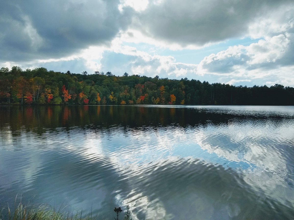 #landscape #lake #clouds #autumnvibes #photography  #Wi https://t.co/iLSDc6V5yY