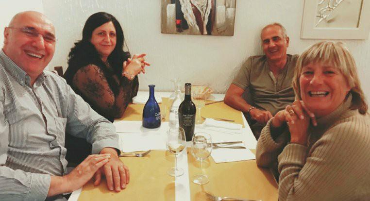 🏀 In campo erano bravini  🍽  A tavola sono sempre dei fenomeni  🔸️C'era una volta il #basket degli anni 80 #Livorno  👉 A chi li riconosce due tempi da venti minuti, tiro da tre a 6.25 e un uno più uno allo scadere sul -1 https://t.co/1FfCANQXUv