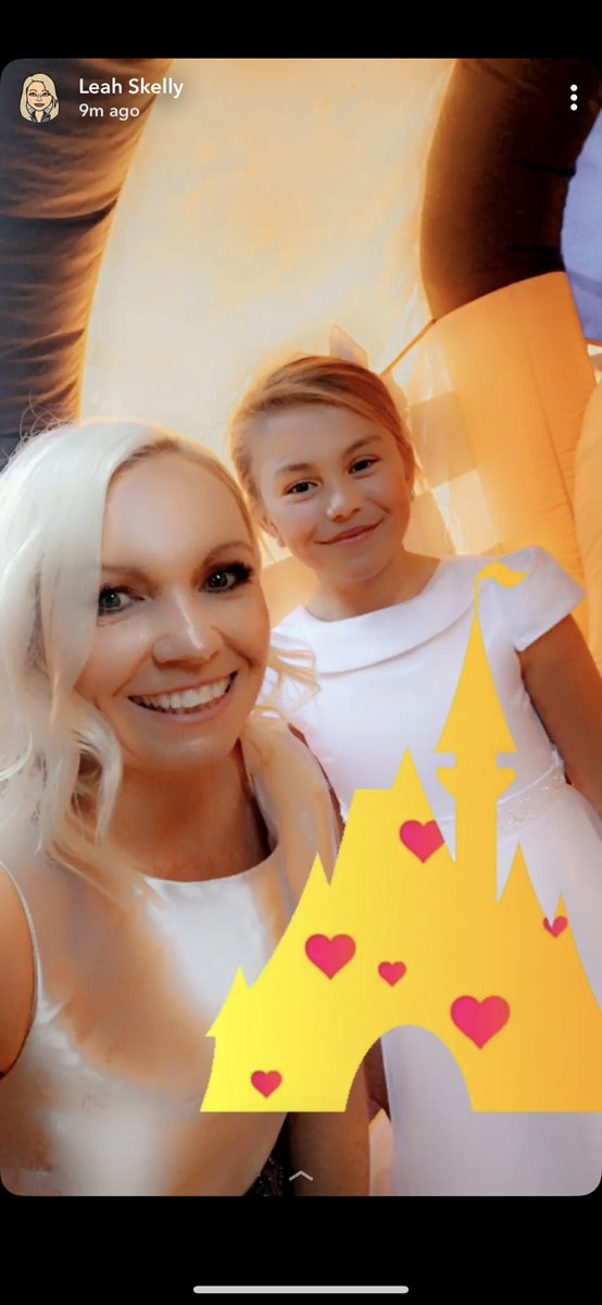 #bouncycastle #goddaughter #communionday https://t.co/lq5aHvQ5qF