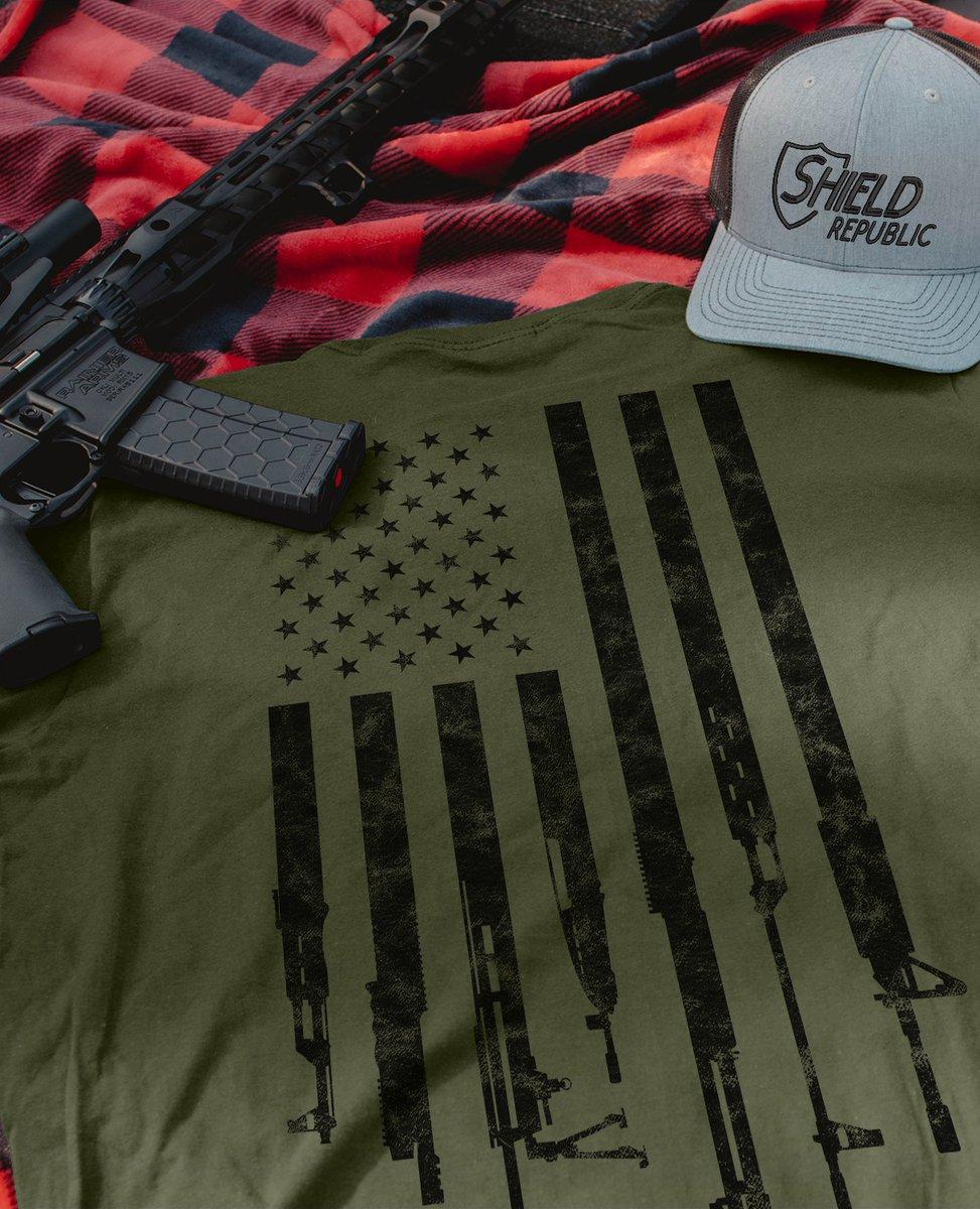 Our Firearm Flag tee is one of our customers favorites! 🇺🇸  #merica #america #usa #2a #guns #trump #shieldrepublic #freedom  #glock #maga #2ndamendment #ar #gunsofinstagram #military #gunsdaily #pewpewlife #tactical #gun #offroad https://t.co/j4m19TsTzO