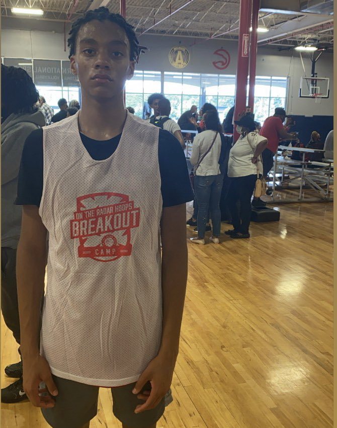 Will Hopkins @whopkins24 is another 2024 with tremendous upside as a guard. 6'4 with long arms, Hopkins plays with poise and is a willing passer. @DemondStephens https://t.co/mUxhYNkjDF