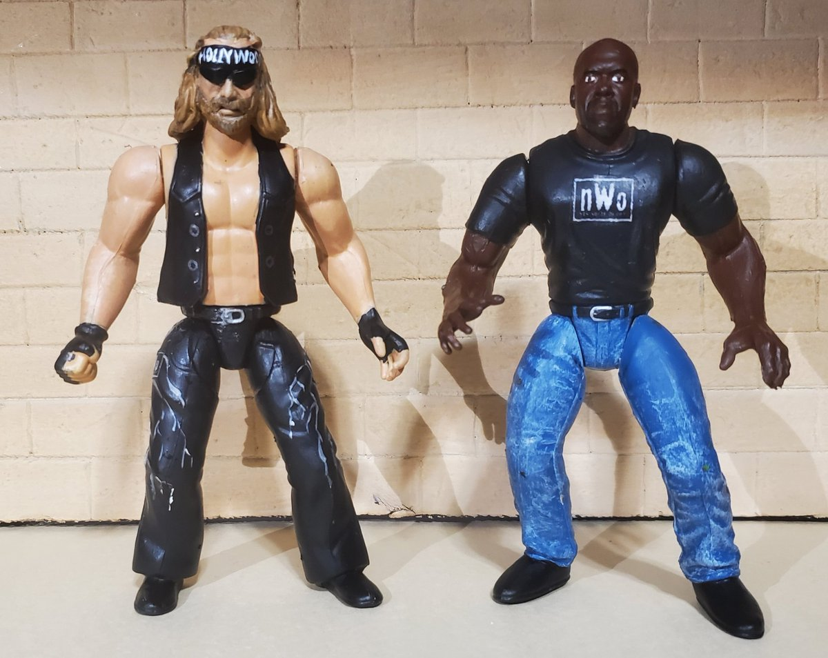 Hulk Hogan's nWo henchmen in BCA style. The Disciple and virgil are ready for tag team gold!! @VintageJakksBCA @MajorWFPod  #wwe #nwo #wcw #wwf #jakksbca #jakkspacific #custom #figlife https://t.co/GJimQigkyr