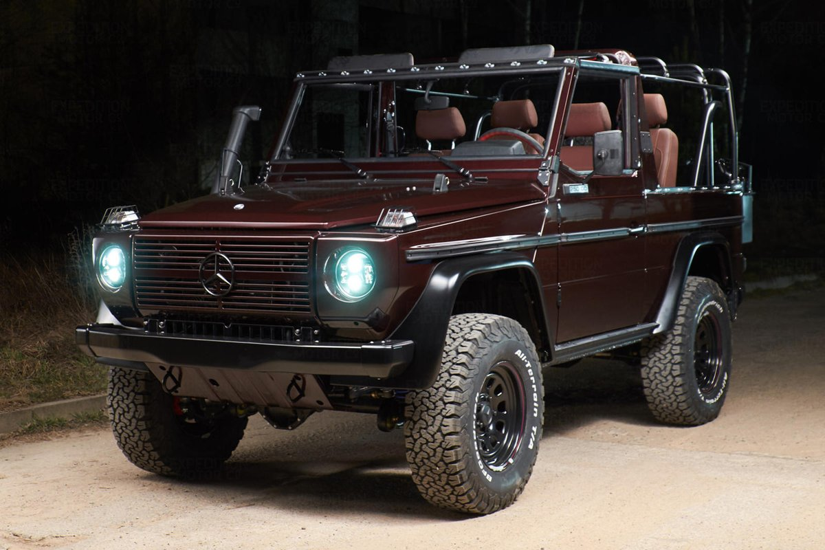 This Mercedes G-Class Took 1,000 Hours To Meticulously Restore. You have to respect the amount of time and effort that went into this restoration project. #classiccars #offroad Read: https://t.co/92V4EMsgaz https://t.co/pyNBMJfFD9