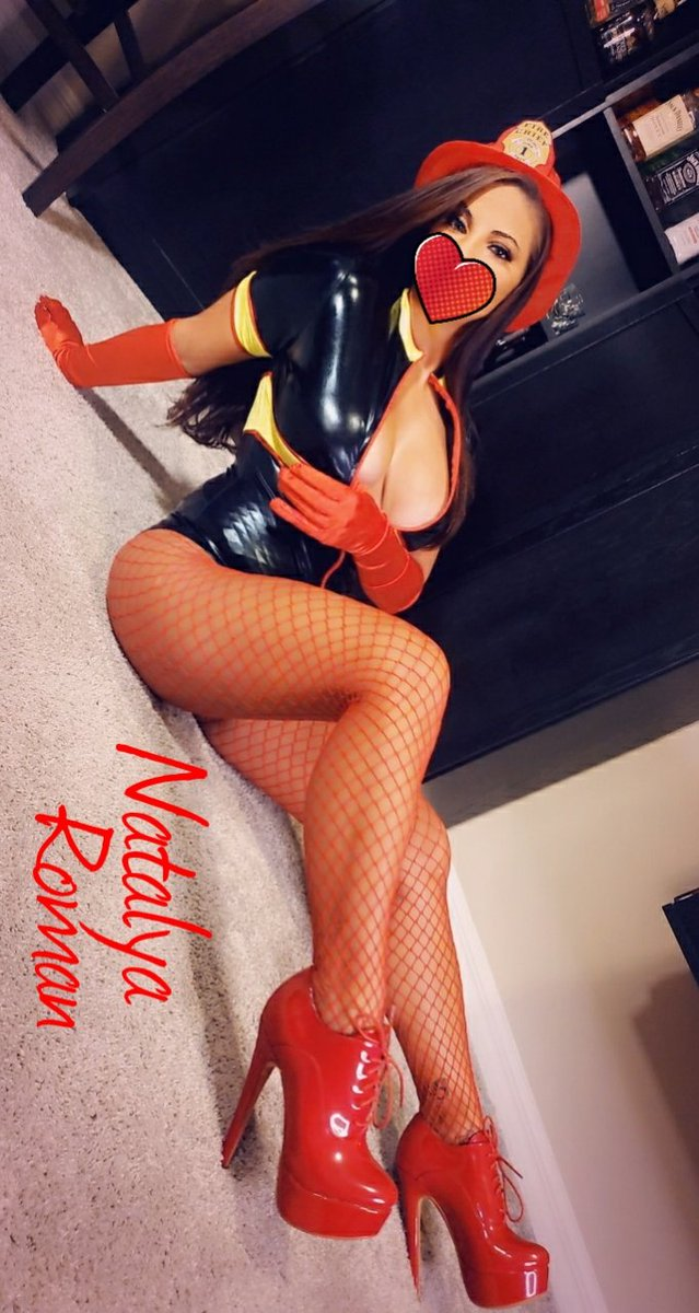 Only 3 spots left for the 25% discount to my onlyfans page.  Come see what you have been missing.  New tasks coming next week as well.  #bdsm #mistress #ballbusting #goddess #chasity #cuckoldtraining #FinDom #findomme #paypig https://t.co/dSajrVn79M