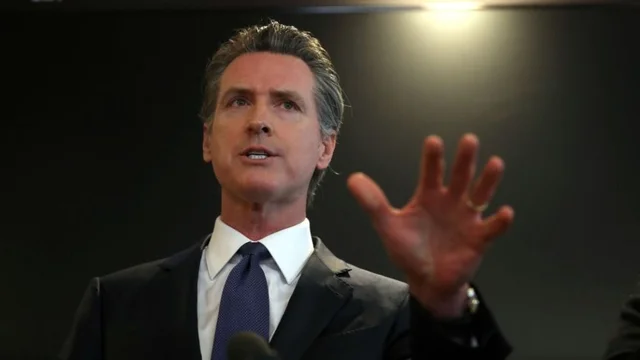 Newsom signs law allowing transgender inmates to be placed in prison by their gender identity https://t.co/q0TLLEUnbc https://t.co/D4CGVtjWhi