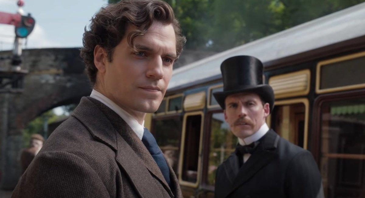 #HenryCavill reveals how he made Sherlock Holmes his own in #EnolaHolmes   https://t.co/v4rqE31neQ https://t.co/v8nzPom89N