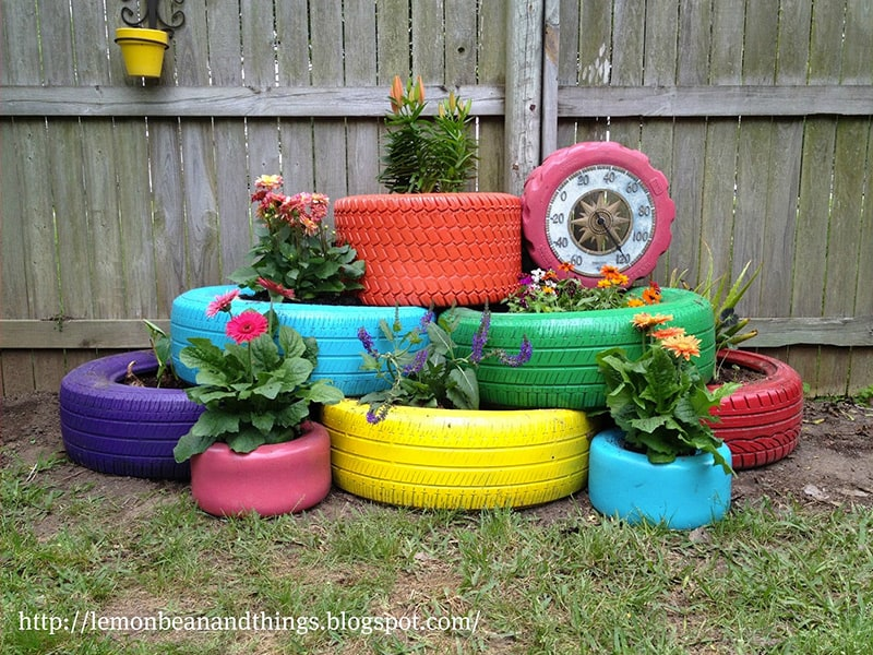 Upcycle several types and sizes of tires to create a tiered #garden in your back yard. #homeprojects  https://t.co/b7HEBTikcc https://t.co/0mHpn7FhXV