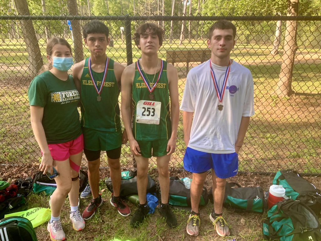 The KFXCDC Guys finished 2nd overall in the Tomball Invitational Friday. Carlos Hinojosa, Ulises Avila, , Anthony Martinez, & Travis Harrison finished 1, 2, 9, & 13 respectively. #Congratulations #GoGetIt #ForestDNA https://t.co/YOjdYgDTGN