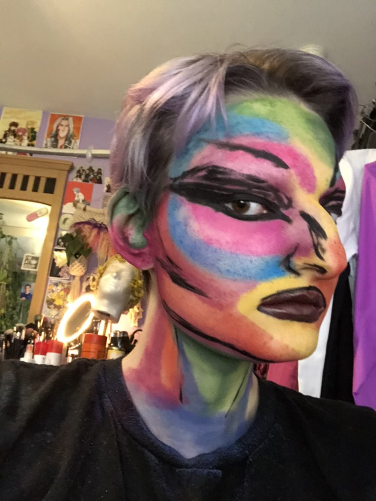 Watercolor explosions ✨❤️🧡💛💚💙💜✨ #makeup #makeupoftheday #muotd #creativemakeup #colorfulmakeup #editorialmakeup #artisticmakeup #makeupisart #artmakeup #makeupfirstnegativitylast #rainbow #morphe #morphexjamescharels #messymakeup #experiment https://t.co/thNe9dRtUy