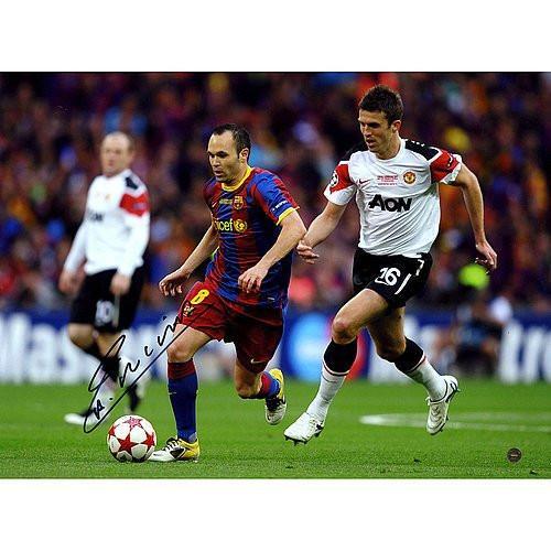 #FootballMemorabilia #SportsMemorabilia Andres Iniesta Signed Champions League Final 2011 12x16 Photograph - Certified Authentic Autograph ➤ https://t.co/VPHjOUyltQ https://t.co/3XhSHNOiUH