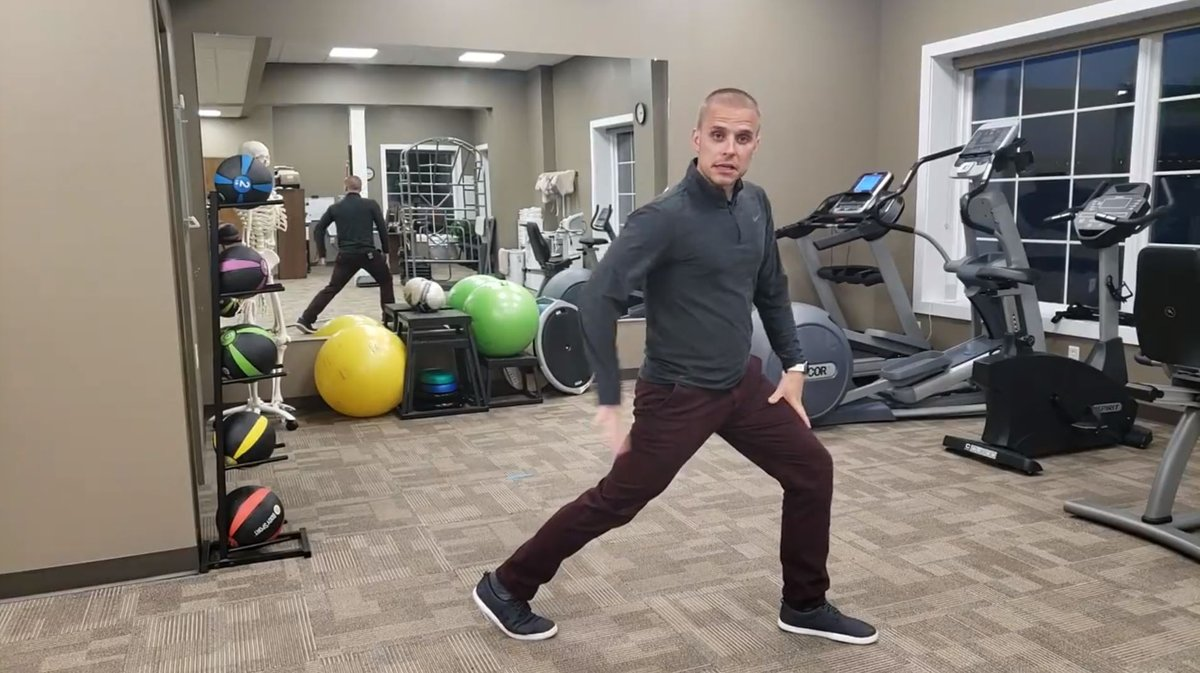 These lunges are 🔥🔥🔥 for stronger glutes.  https://t.co/Rl2AgsNZrt  #SaveYourRace #runsmart #runsmartonline #rso #run #running #runner #instarunners #runnersofinstagram #strengthtraining #injuryprevention #runninginjuries #trainingplans #trainsmart #trainbetter https://t.co/TRyqMW5T9Y