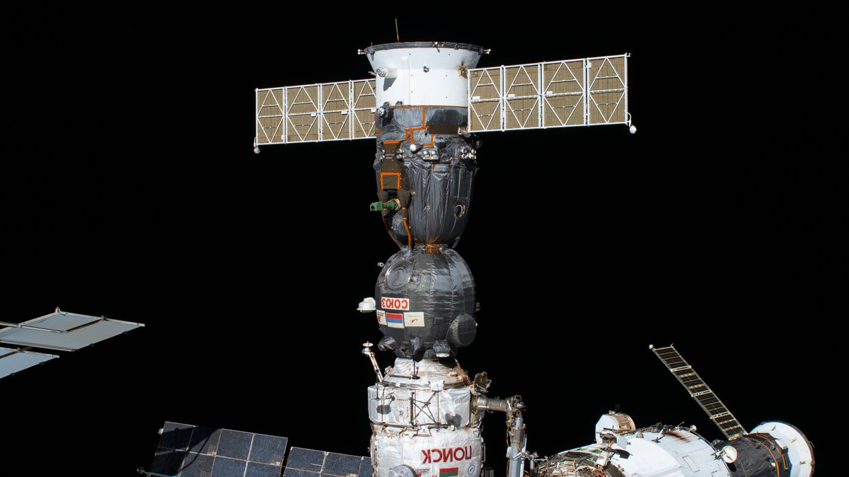 This is the Soyuz crew ship that launched, and will bring home on Oct. 21, Exp 63 Commander @Astro_Seal, Soyuz Commander Anatoly Ivanishin and Flight Engineer @ivan_mks63. More pics... https://t.co/Kb4usukLMa https://t.co/Mkck4sIstr