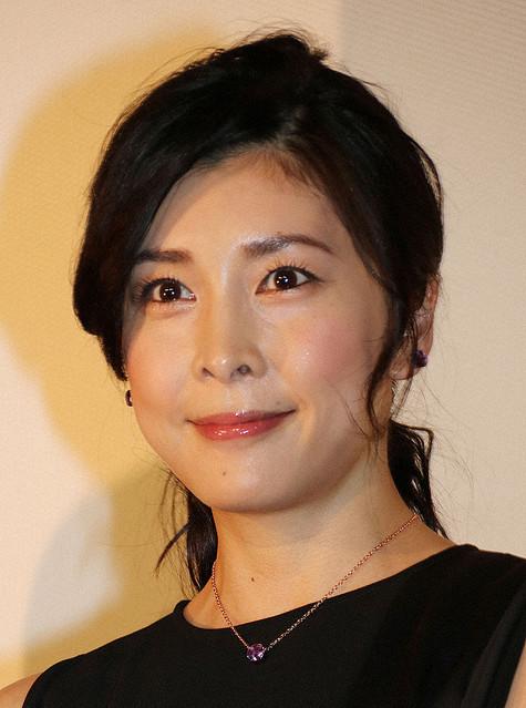 【訃報】女優・竹内結子さん死去 40歳02年に『ランチの女王』では月9に初主演。05年には映画『いま、会いにゆきます』に出演。ともに日本アカデミー賞で優秀主演女優賞を受賞した。