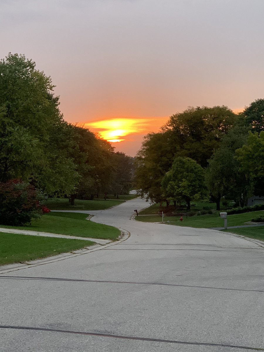 Dealing with dwindling daylight: the podcast!  #agilelife #agilebettys #podcast #agilepodcast #tri #fitfam #runner #iracelikeagirl https://t.co/Rfj4KVALw2 https://t.co/pFXVerwEmm
