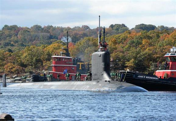 USS #Indiana returns to #Connecticut submarine base, bringing sailors home to families https://t.co/pDVgI1yIRv https://t.co/admRWKN0hU