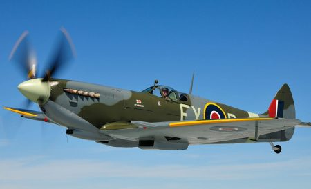 This weekend, the Aero Legends Airshow takes place. The choreographed displays feature unique aircraft types rarely seen together in the UK skies.  #airshow #Spitfires #Hurricanes https://t.co/NFfSOA8JFI https://t.co/c1eH6e3qJ4