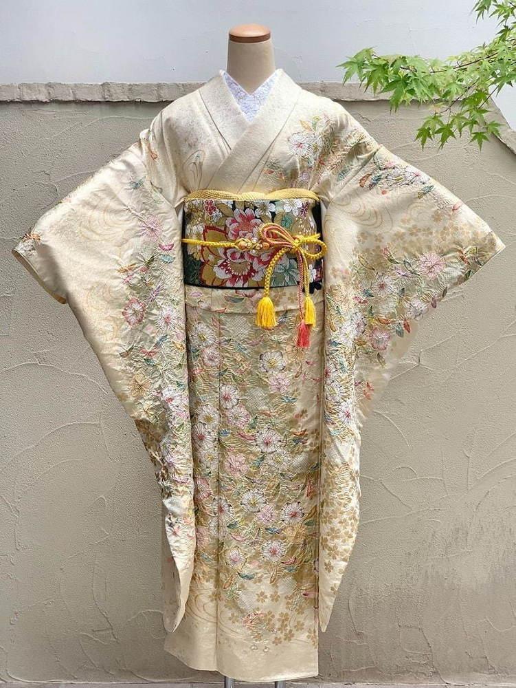 1人で着られる三部式着物「ドリッコきもの」京都高島屋で、3つのパーツに分かれる訪問着や振袖 -