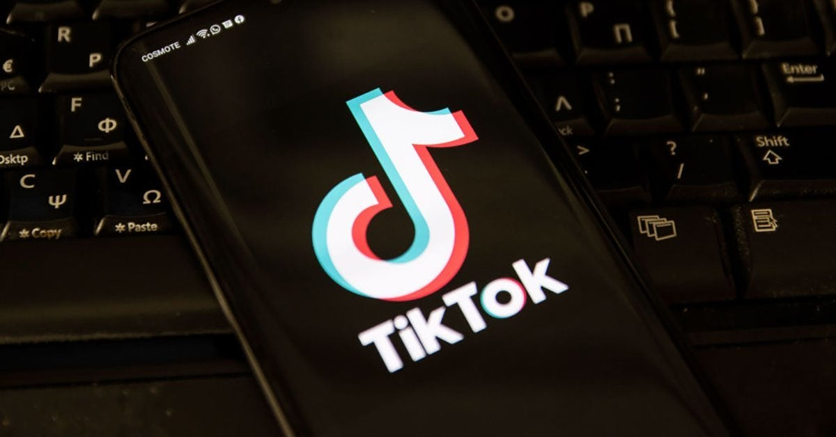The #TikTok saga continues: US District Court judge to decide Sunday if ban will still take place.  https://t.co/R04VwGOx6R https://t.co/hhmKLiWISE