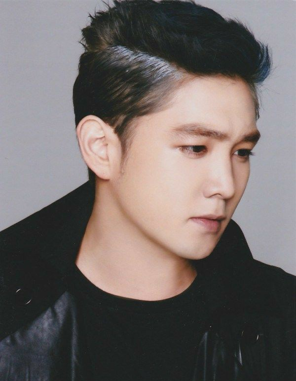 This account does NOT accept ANY criticism towards KIM YOUNGWOON, better known as #KANGIN from Super Junior.  Here, KangIn is loved and respected despite time, space and mistakes. https://t.co/J6fsiPA9FR