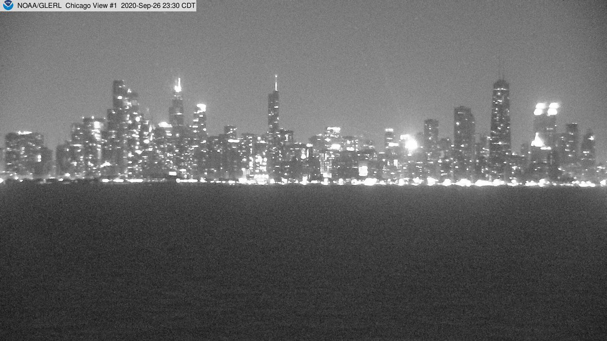 It's 72F in #Chicago with cloudy skies & winds at S20.8mph https://t.co/tWQ5rt8vhT https://t.co/ItSNWhRbNA