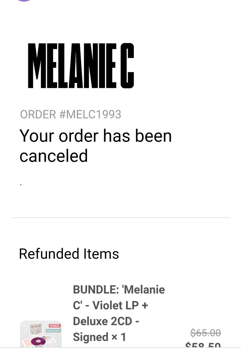 How to mess up an album launch A photo essay. (Part 1) I know it's not @MelanieCmusic's fault, but the company has royally fucked up and the fans are pissed.  #spicegirls #melaniec https://t.co/Y37SOoaDMj