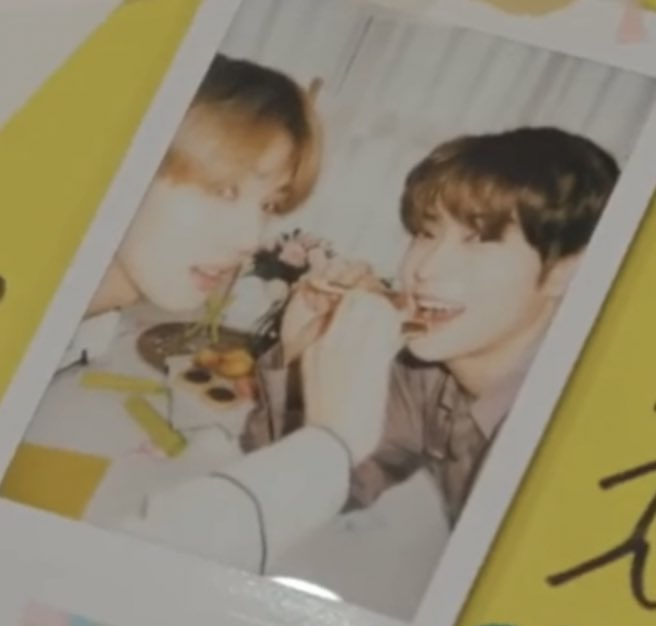 Jaehyun and Jisung's polaroids are so cute!! https://t.co/V1EmE8egl6