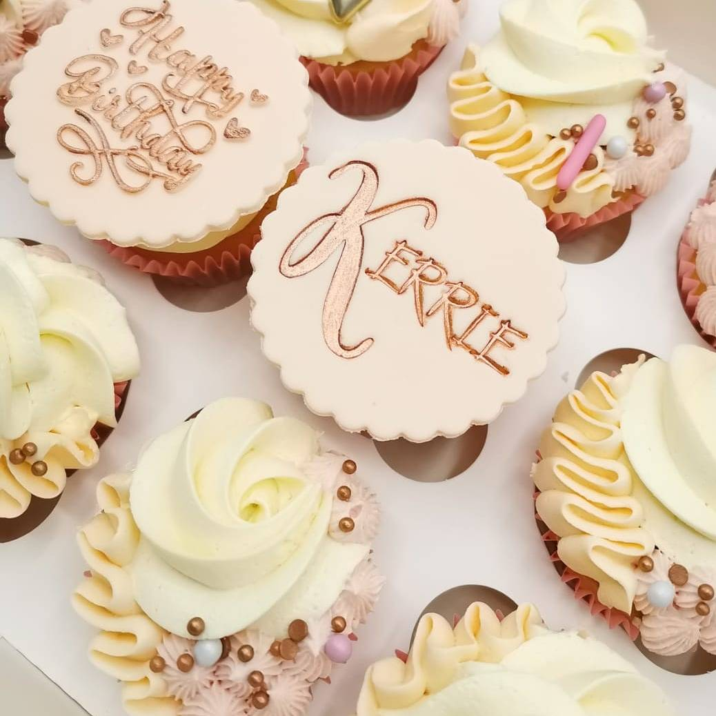 Fancier Cakes On Twitter Beautiful Peach And Rose Gold Cupcakes Perfect For Giving Someone Special A Birthday Treat Birthdaycupcakes Sweetstamp Superstreusel Cupcakeideas Cupcakeart Cupcakedesign Cupcakeideas Https T Co C56jw0cjjr