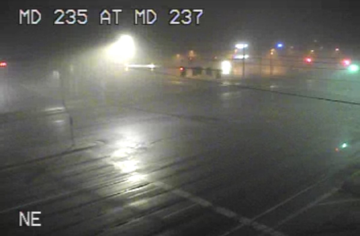 TRAFFIC ALERT: #PLEASEREAD #SHAREALERT Dense fog throughout the area this morning. Fog will continue into morning hours and is expected to burn off as we approach the mid morning. Drive safely, and delay travel if possible. https://t.co/6T3vfy0W3v