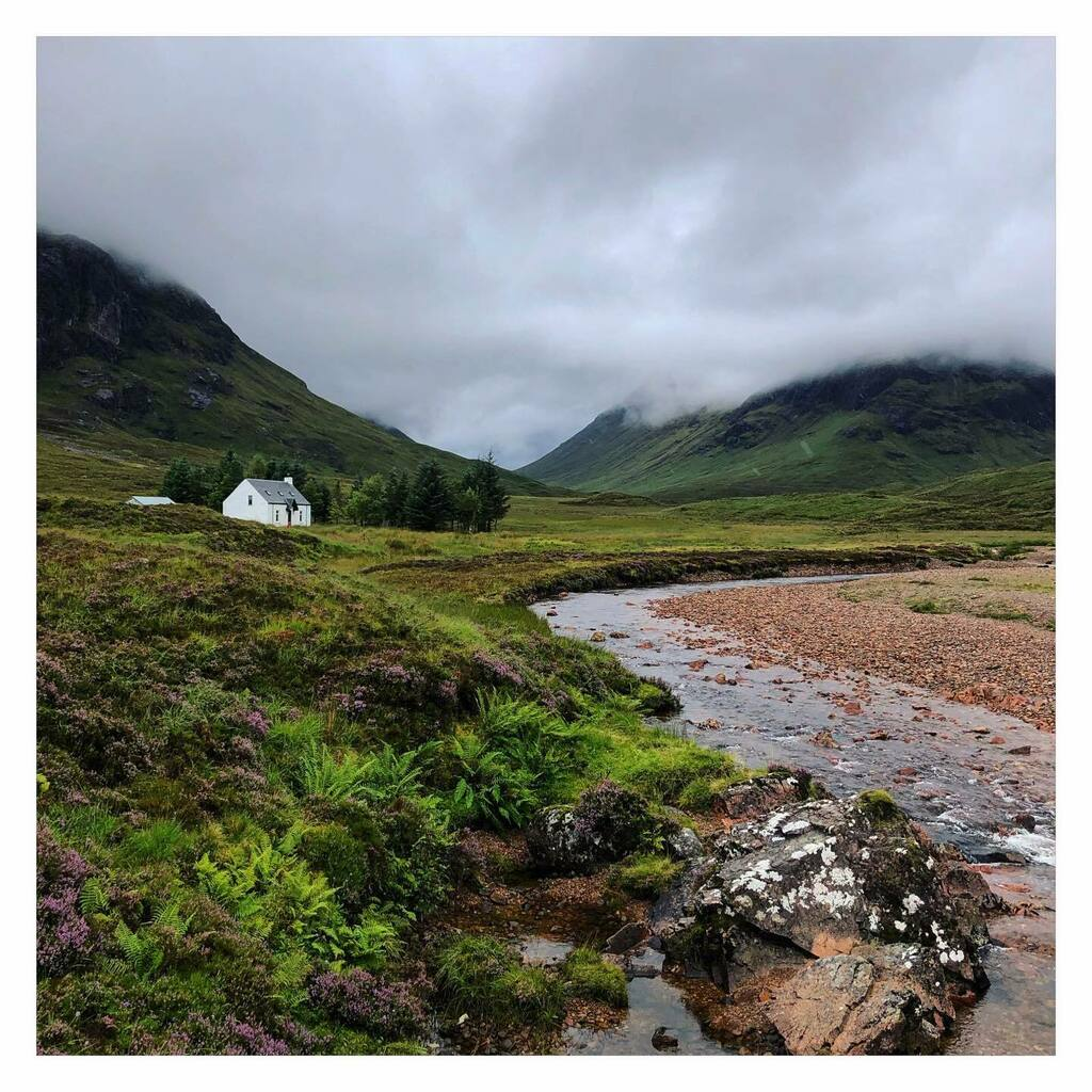 Highland views in Scotland. ⛰🌸🌿🏴 . . . #mountains #river #valley #green #nature #mothernature #beautiful #explore #adventure #memories #travel #traveller #travelphotography #traveltheworld #traveluk #instagood #instapic #beautiful  #scotland #visit… https://t.co/62u10I6L0h https://t.co/GmBqYsf9bd