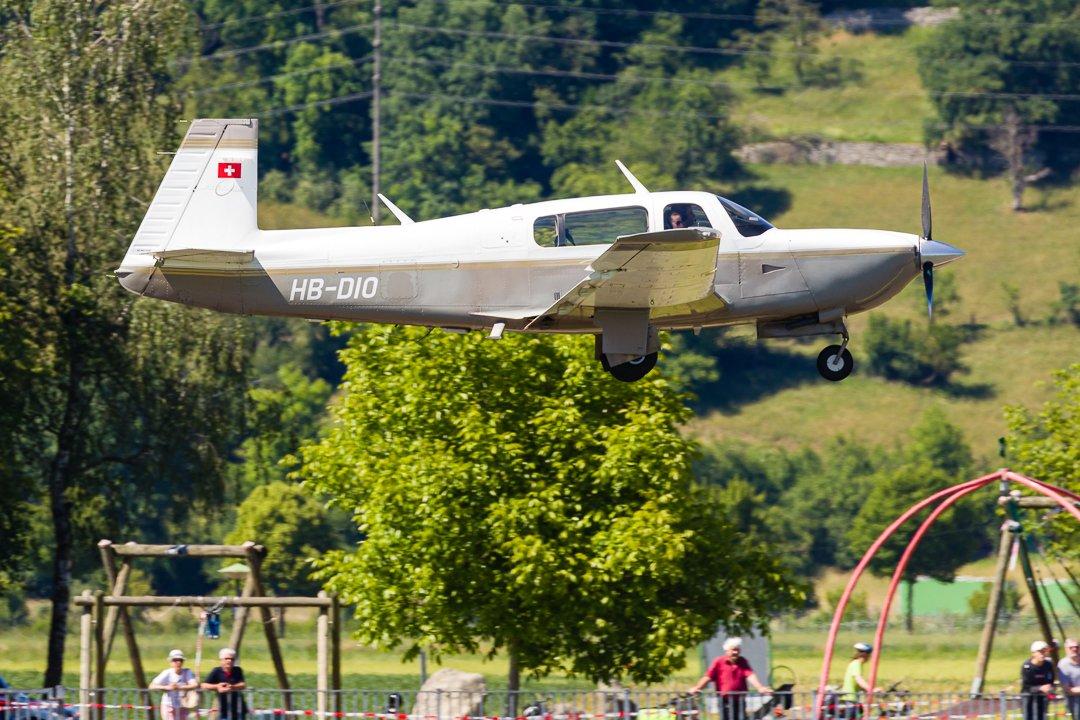 Mooney M20R Ovation HB-DIO  (MSN 29-0034 - 1st Flight: 1996) . #M20R #Mooney #MooneyOvation #LSZF #MegaPlane #ShotOnCanon #Canon #Aviation #AvGeek #PlaneSpotting #Airplane #Aircraft #AviationPhotography  #Schweiz #Suisse #Svizzera #Switzerland #Aargau #Birfeld https://t.co/wosdZDHM2B