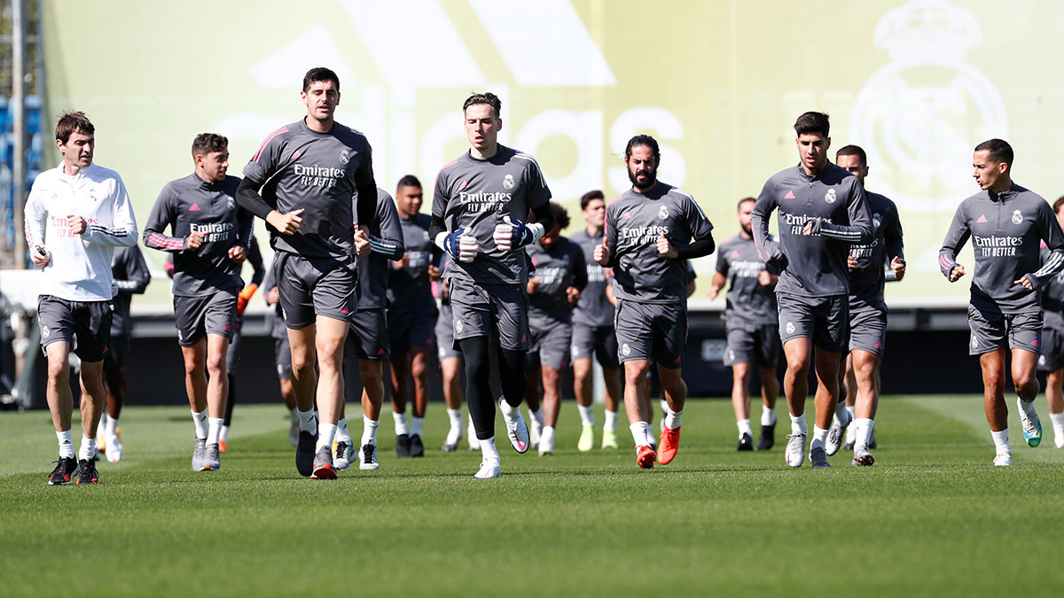 🏃‍♂️💪 We've started our preparartions for the match 🆚 @realvalladolid!  #RMCity | #HalaMadrid https://t.co/cnkTX8vMLT