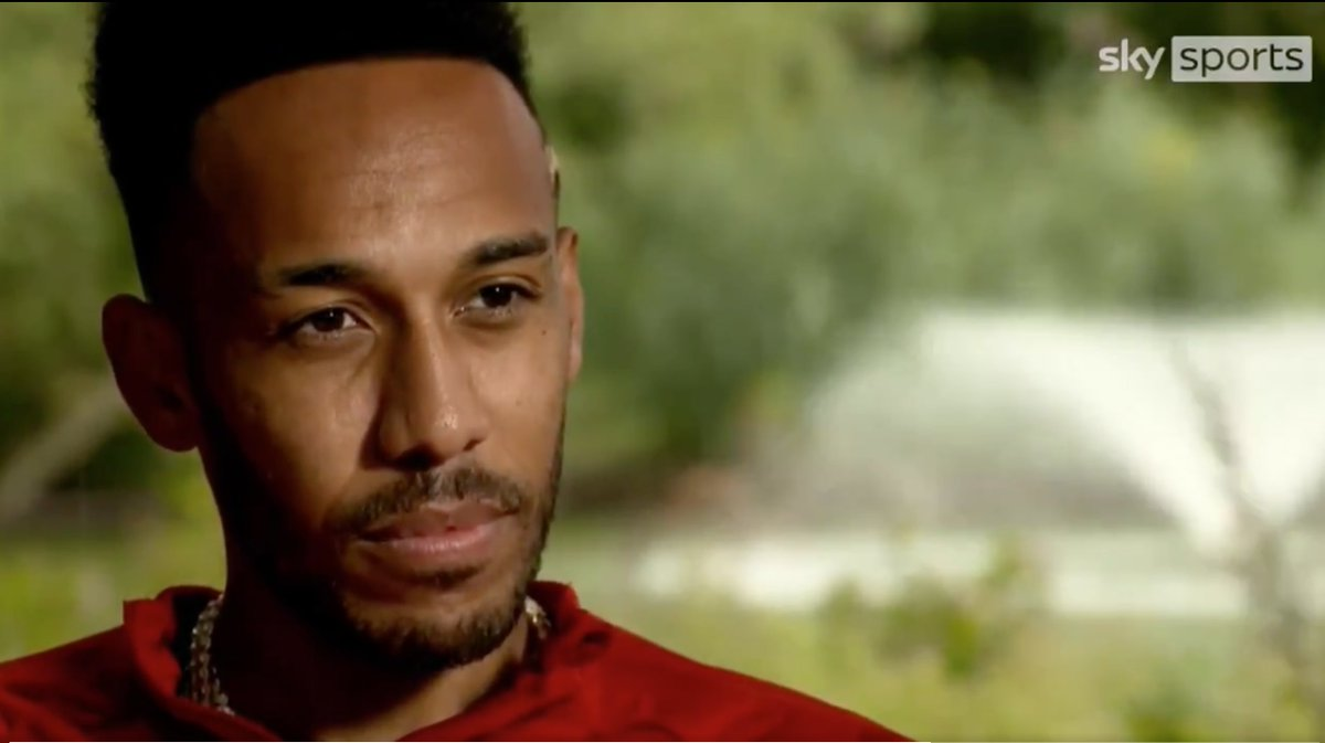 "Aubameyang's answer for how he can become an Arsenal legend.   Auba: ""I need to win the league"" (AMBITION!)  #AFC #aubameyang #auba #league #premierleague #thierryhenry #Bergkamp #tonyadams https://t.co/cqr2uHb4B8"