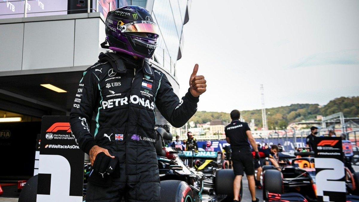 #F1 | La FIA cambia los puntos de sanción a Hamilton por una multa económica a Mercedes.  ➡️ https://t.co/DD4qLQMhyw  #Fórmula1 #F12020 #RussianGP @LewisHamilton @MercedesAMGF1 @fia https://t.co/CZ0ZFJLkiv