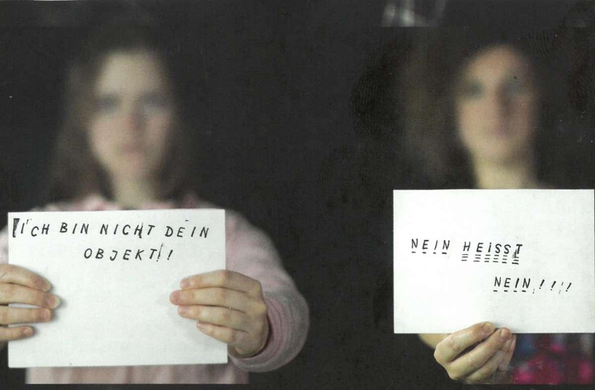 Das Frauenkollektiv Stuttgart hat der Cannstatter Zeitung ein Interview gegeben:  https://t.co/OEYPeZRn4q  #niunamenos✋ #feminismus #neinheisstnein #stuttgartost #ostendplatz https://t.co/YVLNwEaeLY