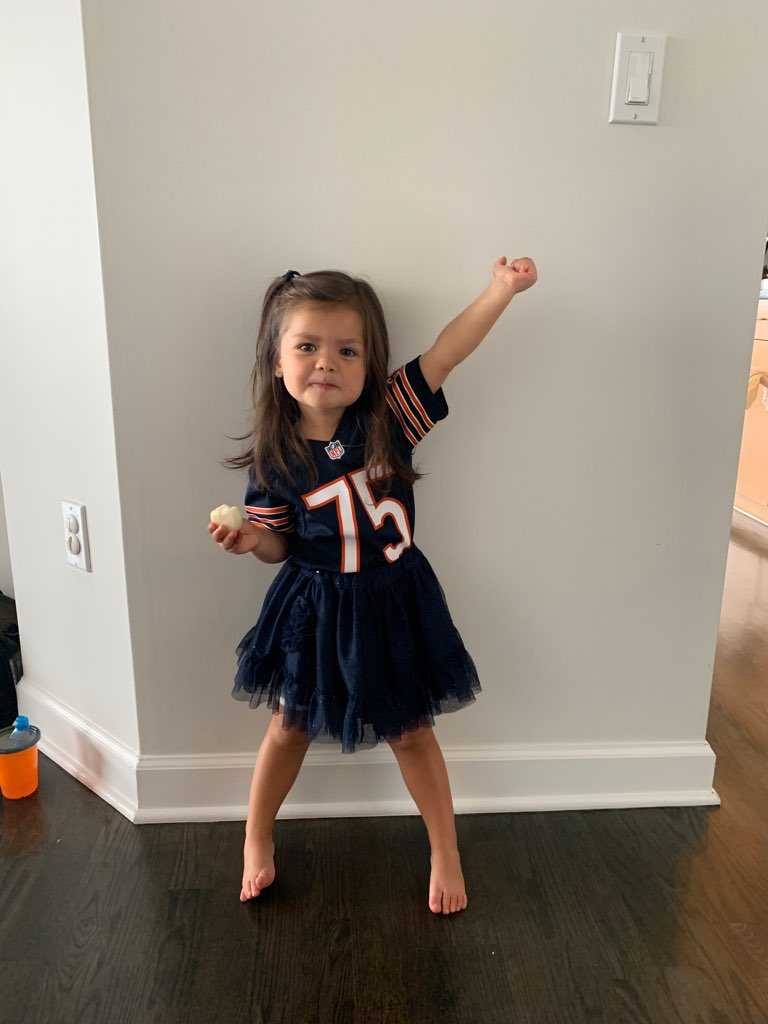 Gia's got the Bears beating the @AtlantaFalcons 30-24, what about you? @ChicagoBears @fox32news @NFLonFOX @nfl @foxkickoff see you on the Bears Postgame Live show on Channel 50 after the game https://t.co/uDmvrv0Ppn
