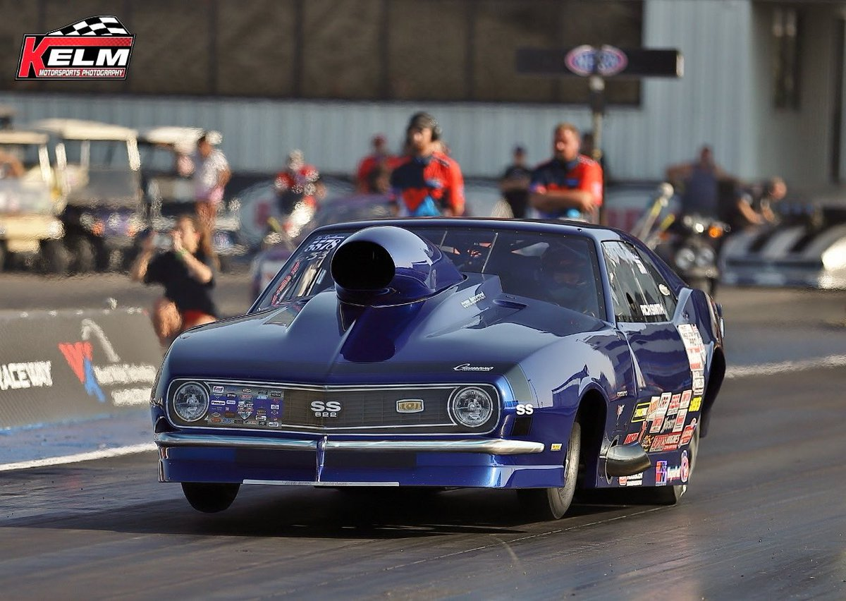 Good morning! It's time for Drag Racing and Donuts!   Get up early, grab some donuts and head to the track. $20 per carload admission, $40 trackside VIP and motorcycles.   The concessions will be open at 8am and will be serving breakfast items 😋 https://t.co/Ne1q3oXs5R