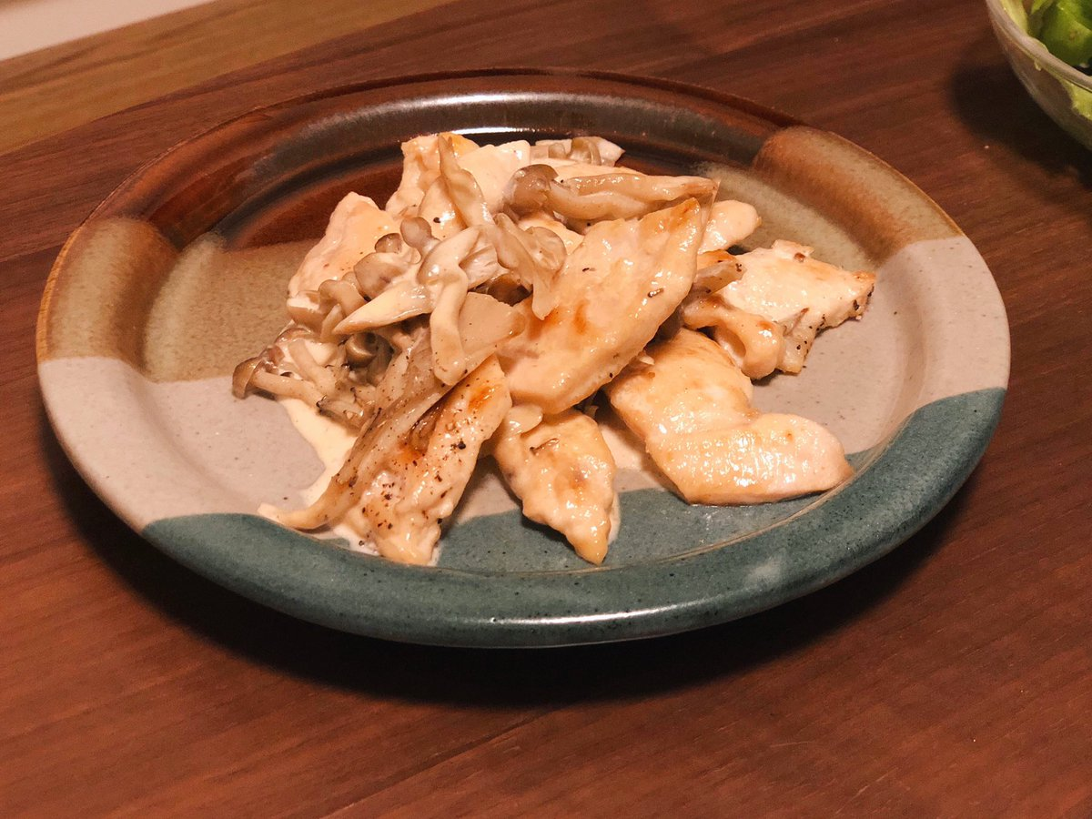 インスタにあげたのこれです↓10分で作れる本格ソースの鶏むね肉ソテー