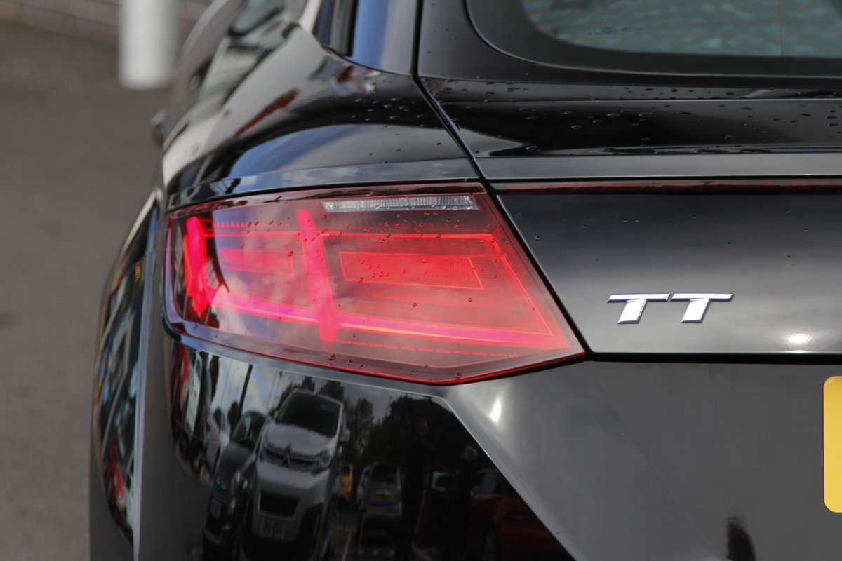 The #Fiat team at #Arbury in #Walsall have a beautiful #AudiTT available 🔥  What would your dream journey be if you were to be behind the wheel? #TeamArbury @FIAT_UK https://t.co/6ktUU5HR6b