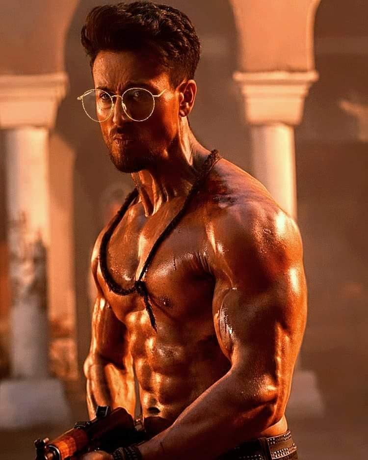 @iTIGERSHROFF  Macho Body 👇👇  #handsome  #Baaghi3 #Tigershroff @AyeshaShroff @bhargavtigerian  #YouAreUnbelievable  OUT NOW https://t.co/qIFbssbXTP