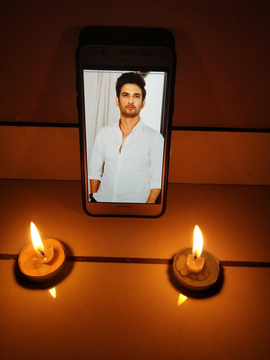 We miss you❤️ #SushantEarthDay #JusticeForSushantSinghRajput #Warriors4SSR @shwetasinghkirt @nilotpalm3 @_mallika_singh https://t.co/dMCQldAnMf