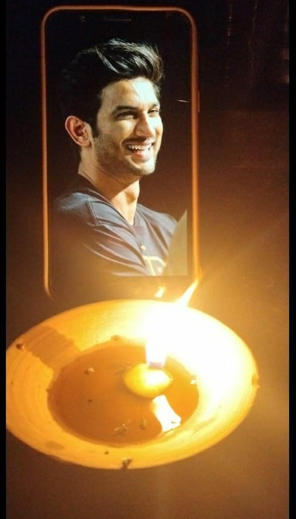 We all are missing you soo much SUSHANT, PLEASE COME BACK 🦋❤ God please give justice to your child 🙏🔱  #SushantEarthDay  @nilotpalm3 @anky1912 @shwetasinghkirt @_mallika_singh https://t.co/mXoqSlsRoZ