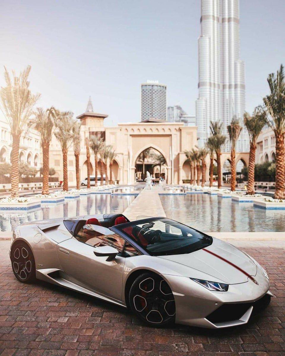 Lamborghini huracan Spyder Available for rent #Dubai #rentacar #Lamborghini #Huracan #spyder #fivepalm #dubaihotel https://t.co/Q8QepW4hdG
