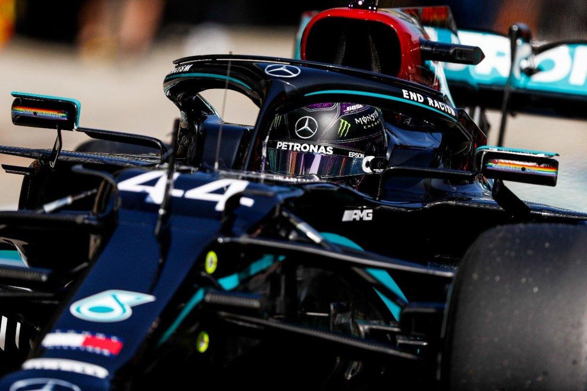 #F1 | Hamilton: «Los comisarios intentan detenerme con sanciones ridículas, ¿no?»  ➡️ https://t.co/JlI0fpusyt  #Fórmula1 #RussianGP @LewisHamilton @MercedesAMGF1 https://t.co/l802YwOCWL