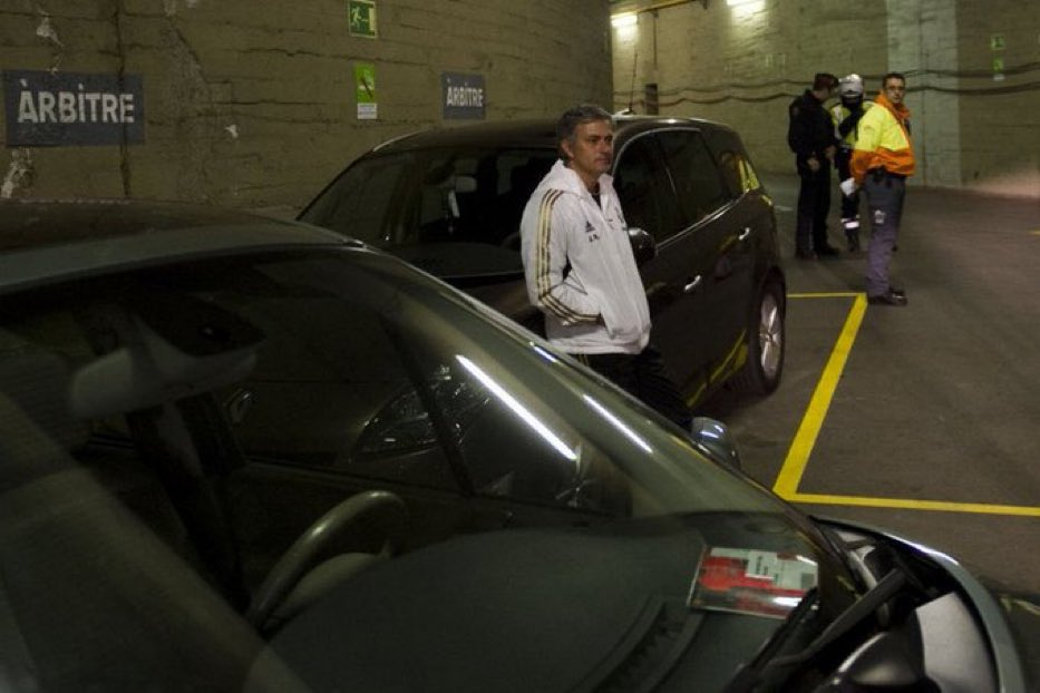 Mourinho waiting for the referee in the car park https://t.co/ORwQPpgjmE