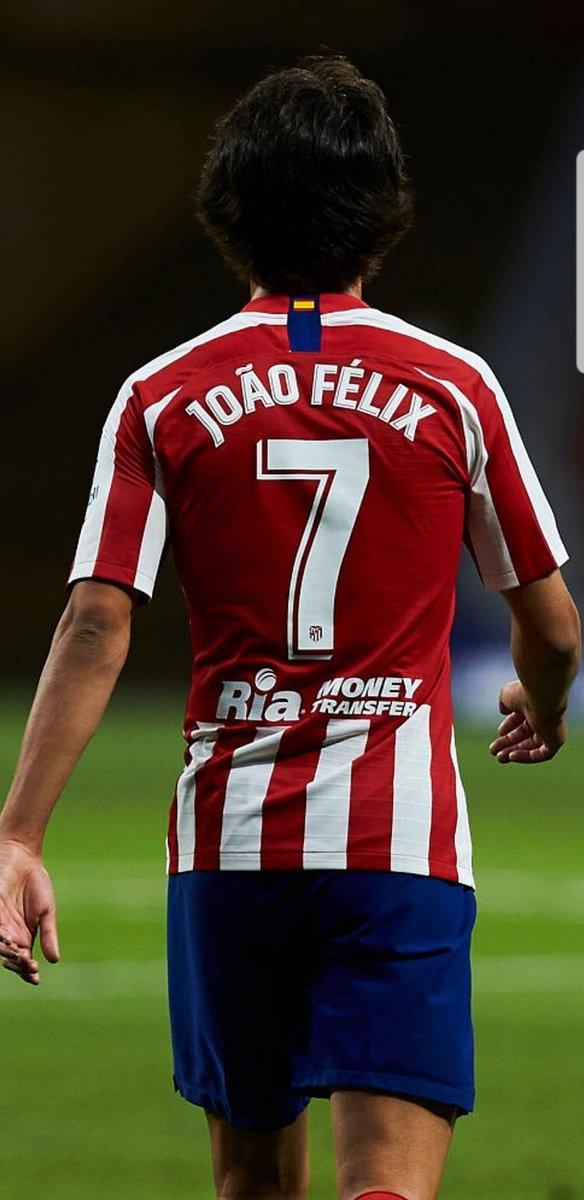 Pase magistral de JOAO, JOAO FÉLIX, control de Correa y gol. 2-0. El partidazo del nene portugués es de LÍDER INDISCUTIBLE DEL ATLETI. ¿Estamos? ⚽️👍👏✍ https://t.co/WfPXIFLcaO