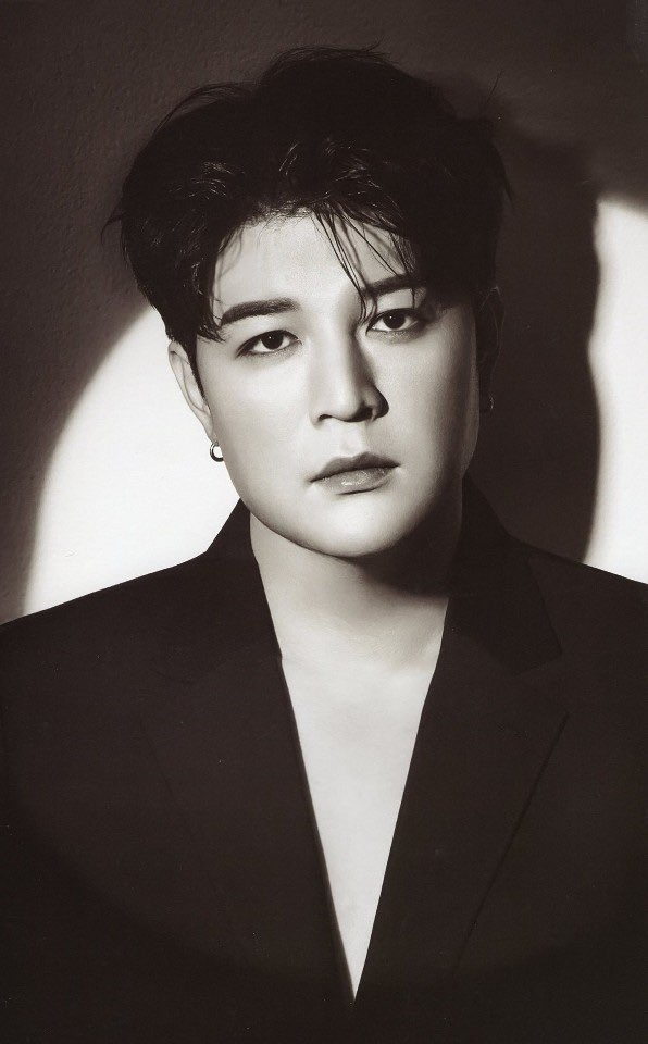200928 Happy birthday our Dongguri Dong Dong oppa! Super Junior and ELFs always feel happy because we have Shindong with us!  #HappySHINDONGDay #we_have_신동_생일_축하해   #SuperJunior #Leeteuk #Heechul #Yesung #Eunhyuk #Donghae #Siwon #Ryeowook #Kyuhyun #슈퍼주니어 @SJofficial https://t.co/l3QZvo0Xf2