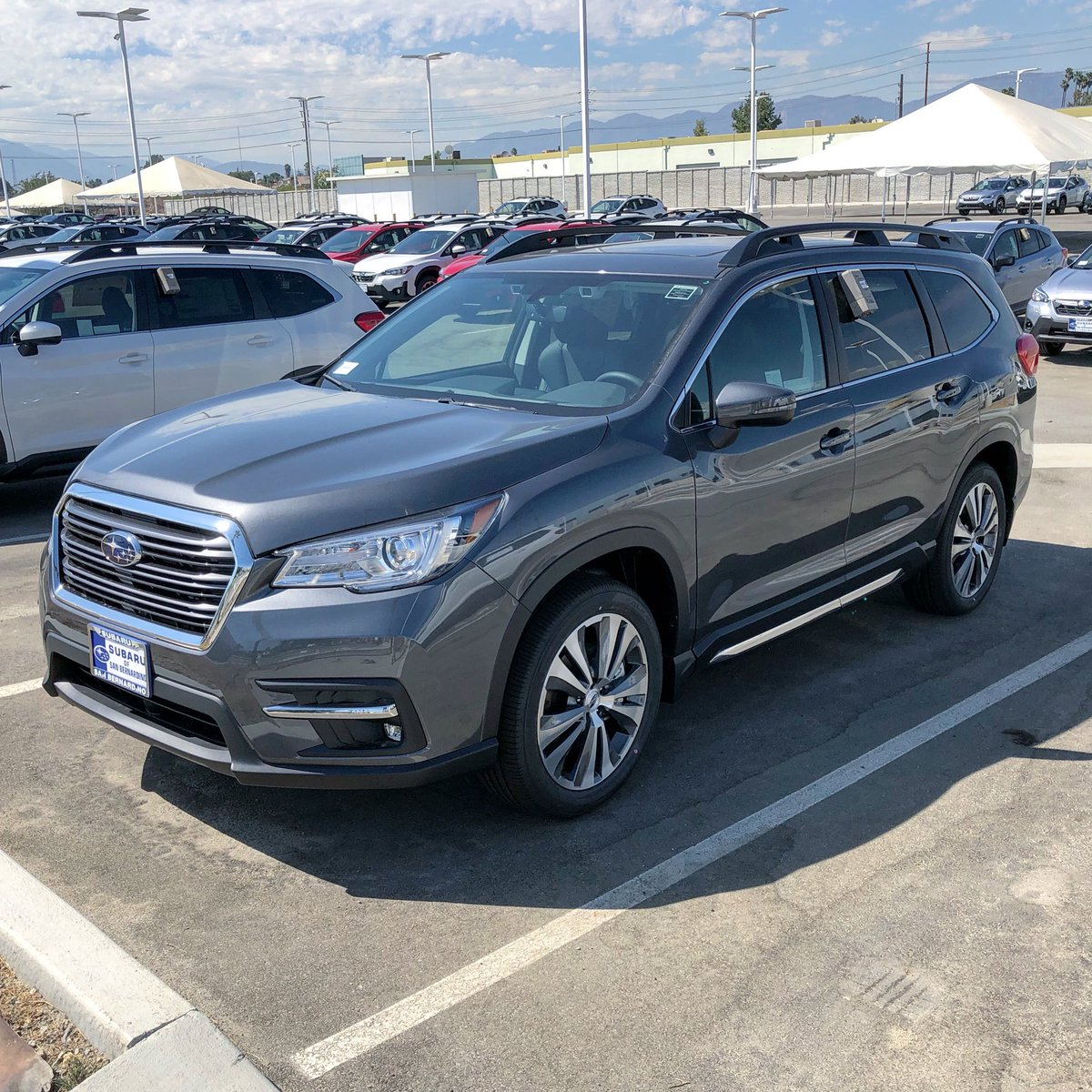 Right now you can get 0% APR financing for 63 months on a new 2020 #Subaru Ascent. Find the one for you today! https://t.co/DhFp7y9W1i